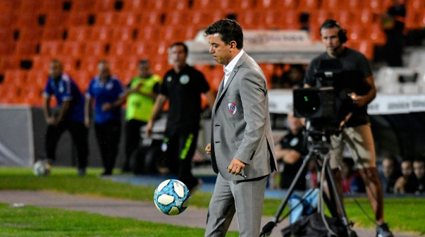 Marcelo Gallardo en el partido de Godoy Cruz vs. River